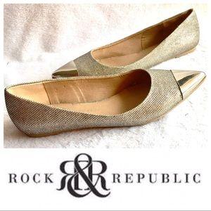 ROCK & REPUBLIC Metal Toe Sparkly Gold FLAT Shoes
